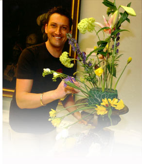 Charity Flower Arranging with Andrew Grisewood