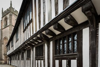 The Untold Stories of John Shakespeare