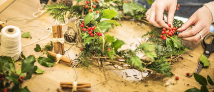 Wreath making with Wine