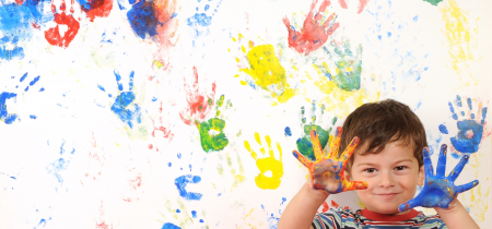 Fortnightly messy play class