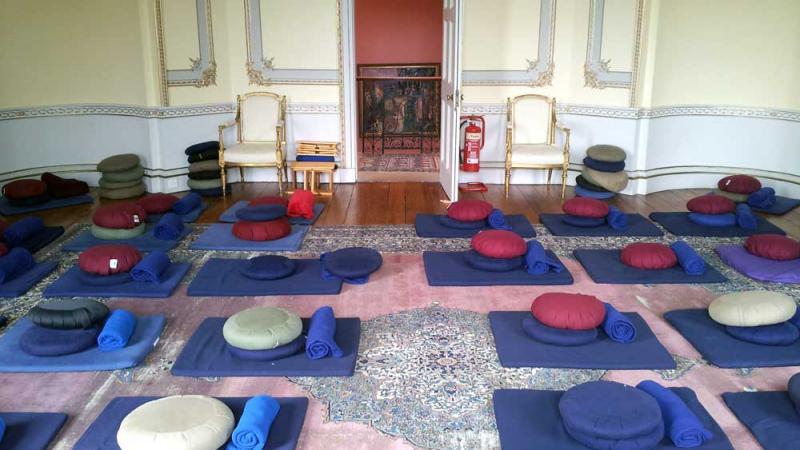 Sharpham House Retreat: Mindfulness & Yoga with Jessica Stein - 4 nights