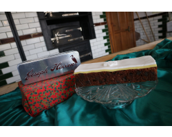 Beamish Christmas Cake in a Herron's Tin Image