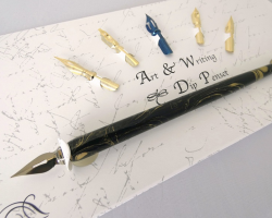 PEN SET  - FOLDING WRITING WALLET
