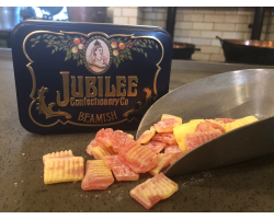 NEW - Strawberry and Lemonade - 4oz in Jubilee Tin Image